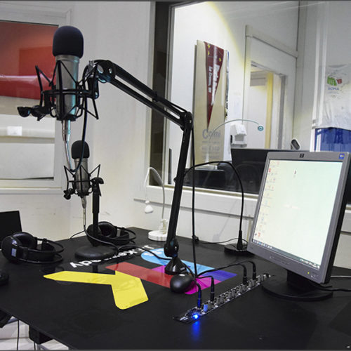 Avviso pubblico per emittente radiofonica web professionale