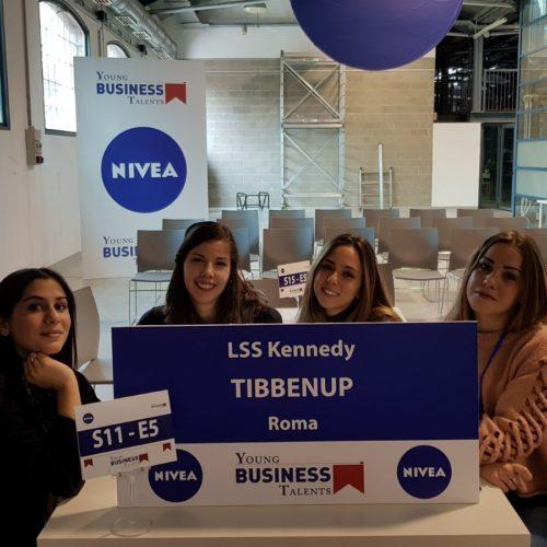 """Le squadre Tibbenup e Team_JFK_4A alla finale di """"Young Business Talents""""!"""